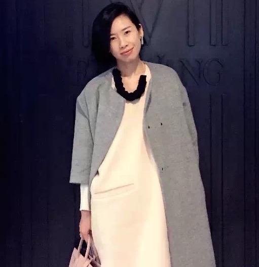 黄霏 Alva Huang
